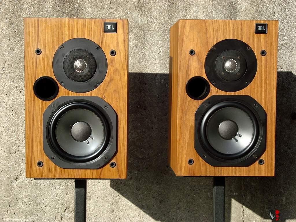 1052533-jbl-l20t-loudspeakers-in-beautiful-condition.jpg